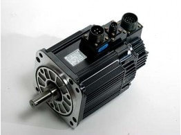 SERVOMOTOR TORQUE WHEN STOPPED IN S1=13.8NM 5.39NM 3000RPM WITH BRAHE