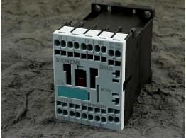 POWER CONTACTOR (3-POLE) V110 50/60 3RT1015-2AF01